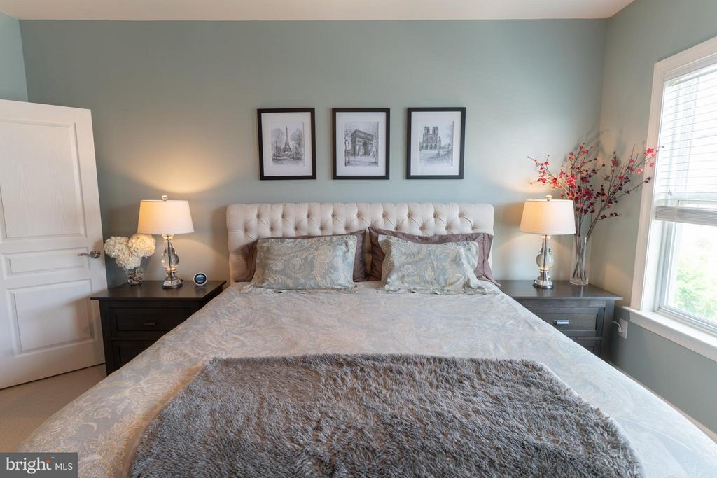 Bedroom (Master) - 127 ANTHEM AVE, HERNDON