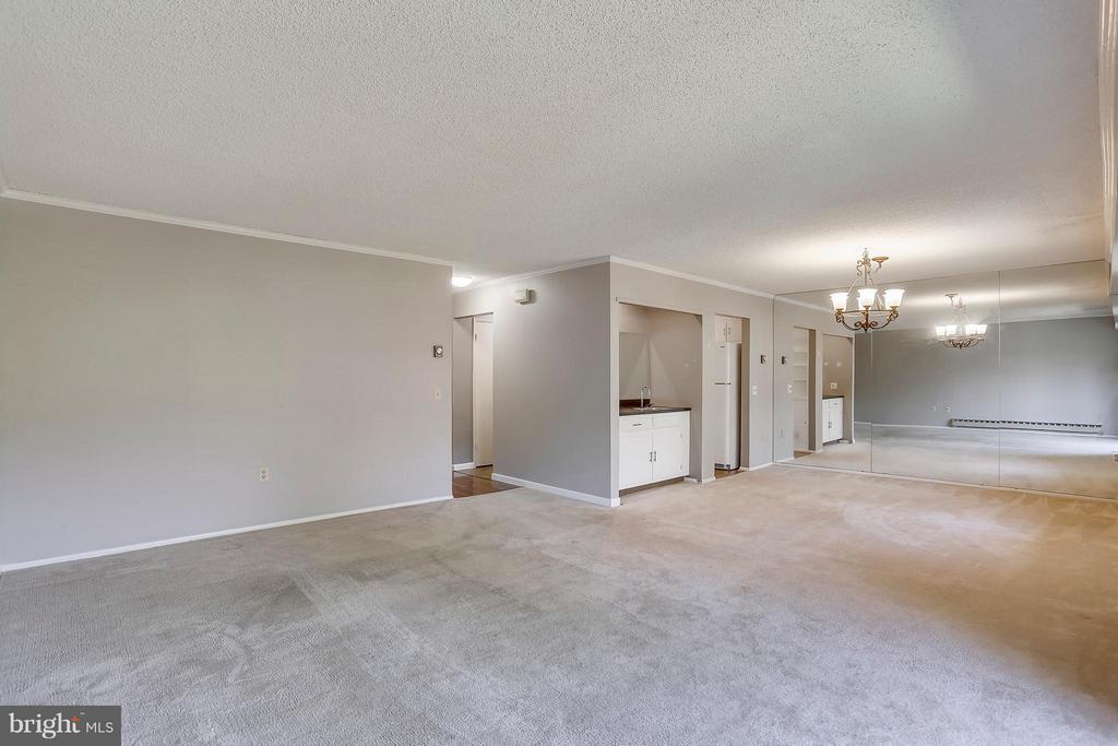 Living Room/Dining Room - 15100 GLADE DR #11-3E, SILVER SPRING