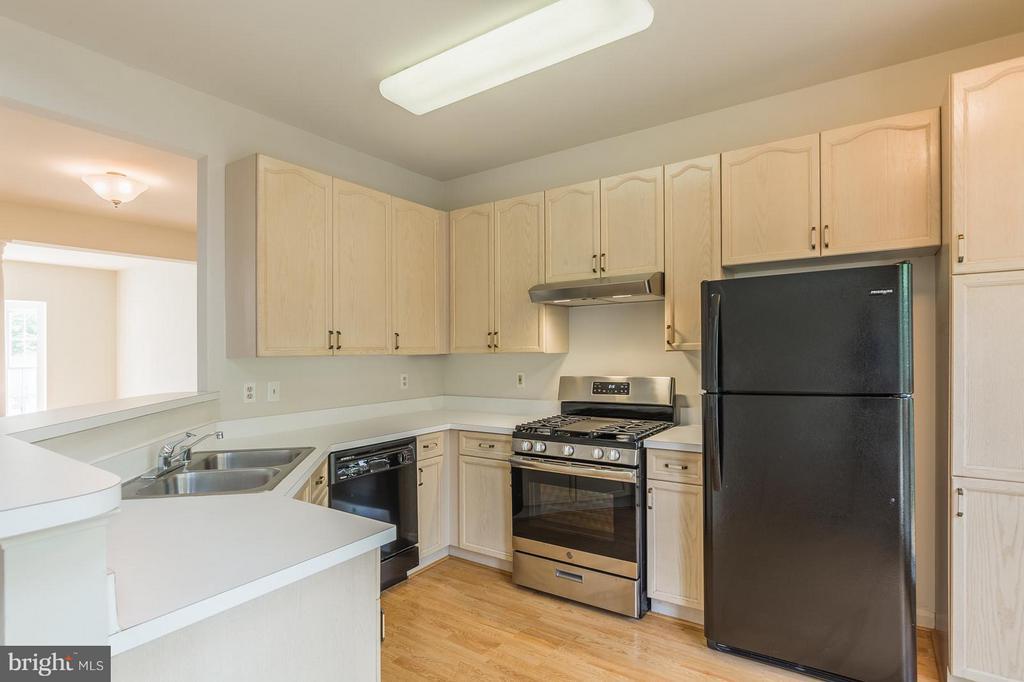Kitchen - 15437 BEACHLAND WAY, DUMFRIES