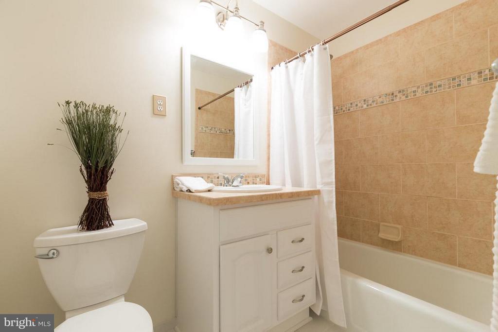 Upper level full bathroom renovated in 2014 - 2104 CARTWRIGHT PL, RESTON