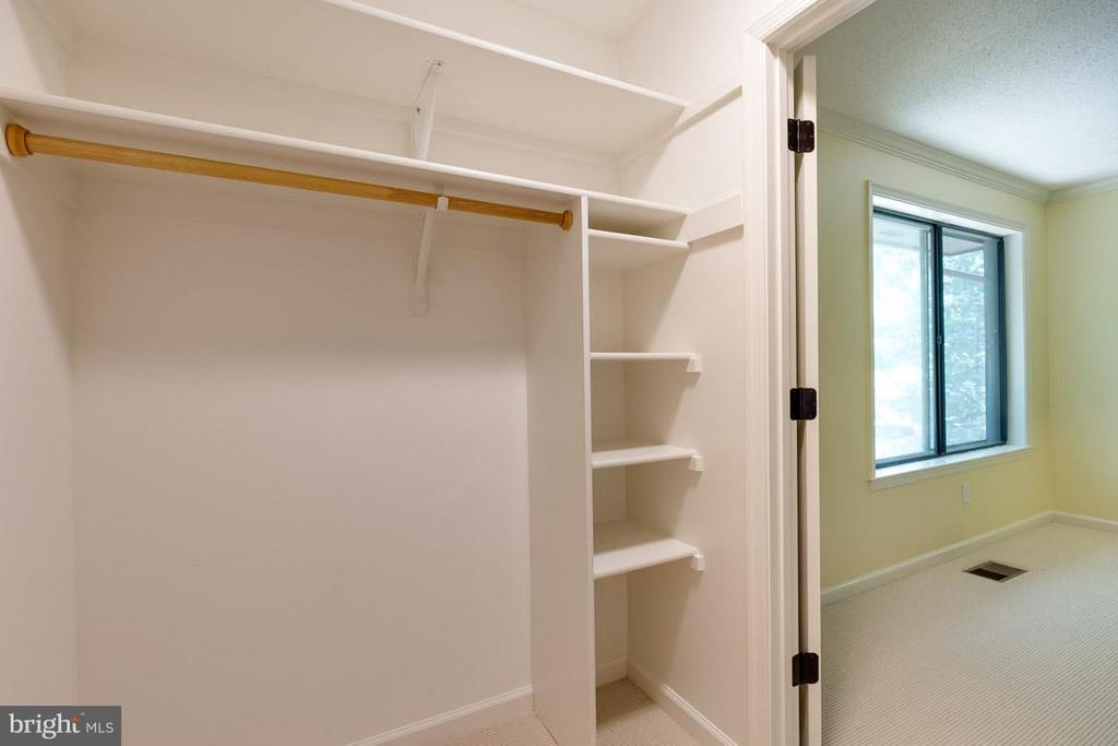 Huge walk-in closet gives tons of space to MBR - 2104 CARTWRIGHT PL, RESTON