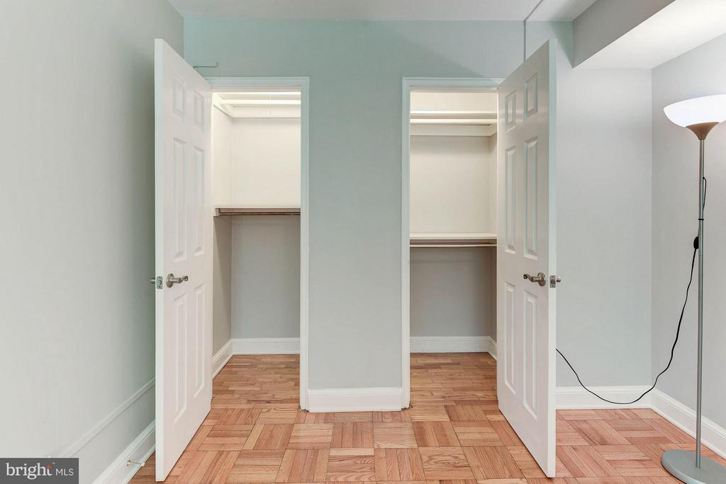 Great closet space in the master! - 1336 ODE ST #8, ARLINGTON