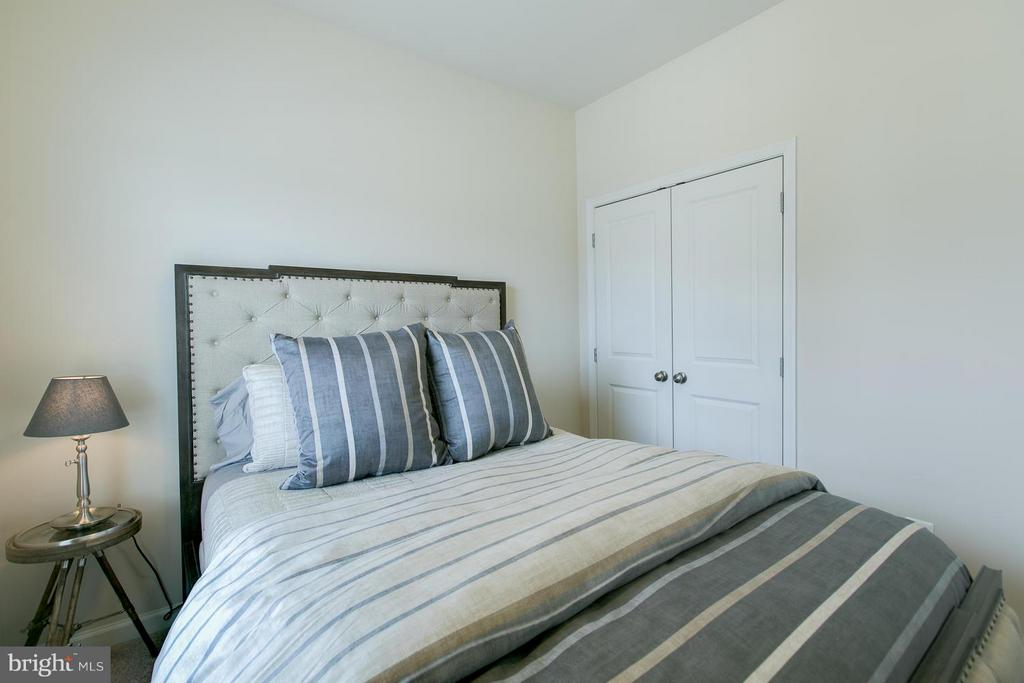 Bedroom - 250 WOODSTREAM BLVD, STAFFORD