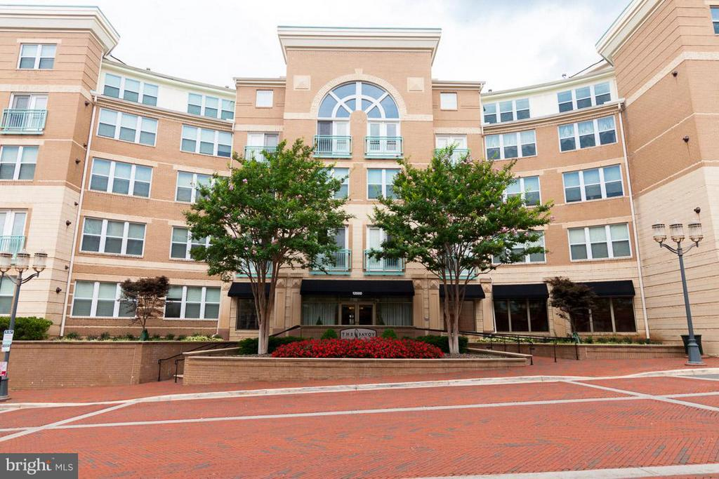Welcome to the Savoy at Reston Town Center ! - 12000 MARKET ST #151, RESTON