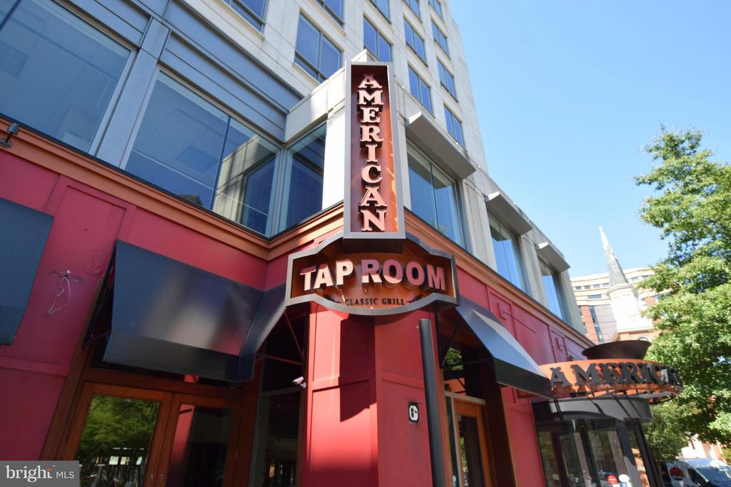 Reston Town Center - American Tap Room - 12000 MARKET ST #151, RESTON