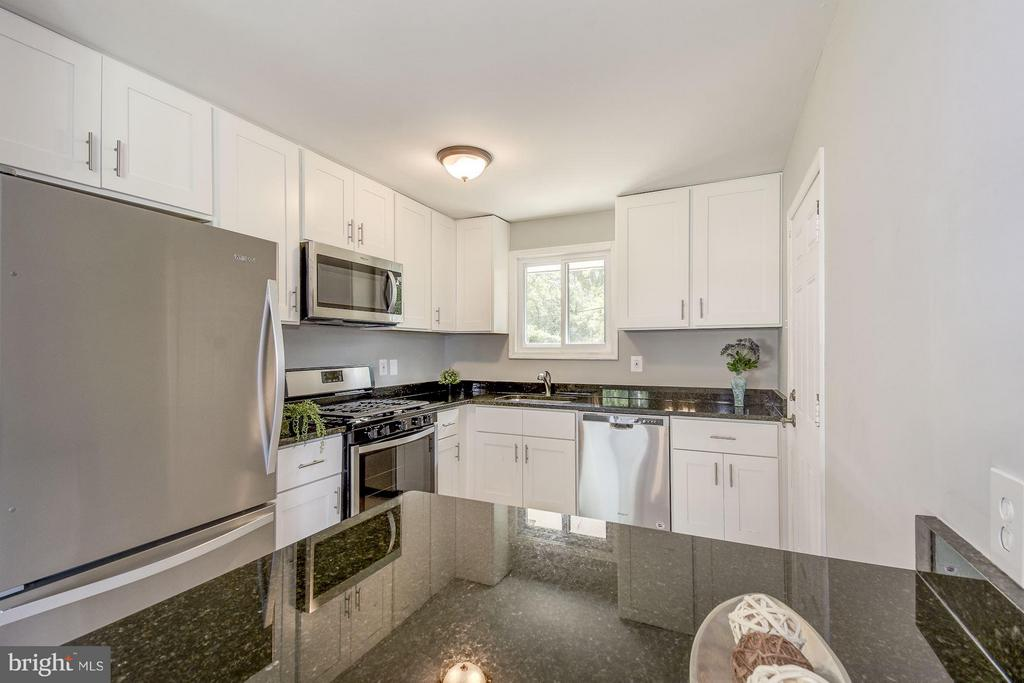 Kitchen with Granite Countertops - 4416 LYONS ST, TEMPLE HILLS