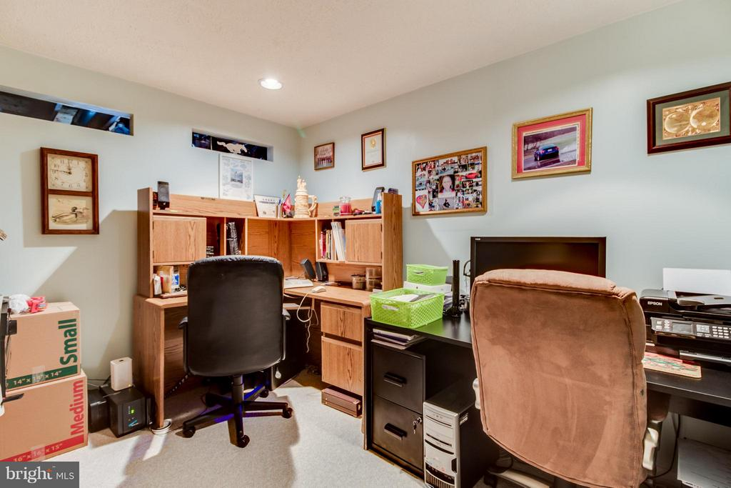 Basement Study/Office - 14376 SPRINGBROOK CT, WOODBRIDGE