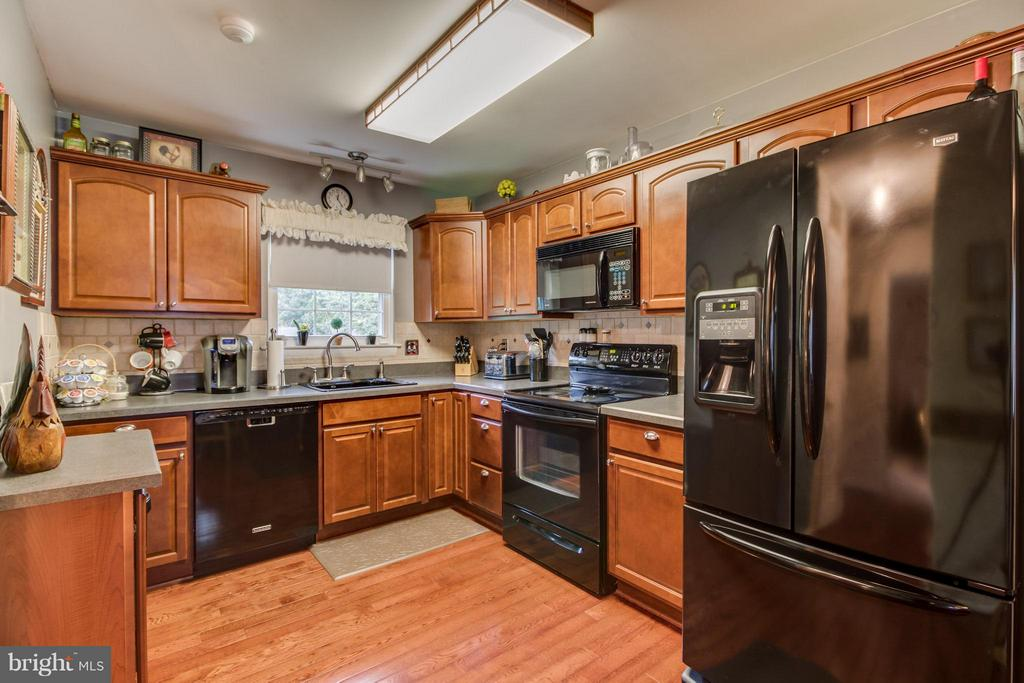 Kitchen - 14376 SPRINGBROOK CT, WOODBRIDGE