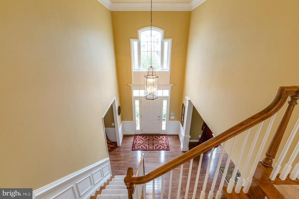 Stunning Foyer From Upper Level - 21135 WHITE CLAY PL, LEESBURG