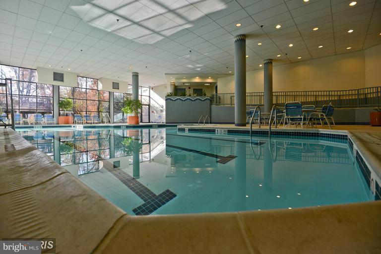Indoor Pool - 5904 MOUNT EAGLE DR #118, ALEXANDRIA