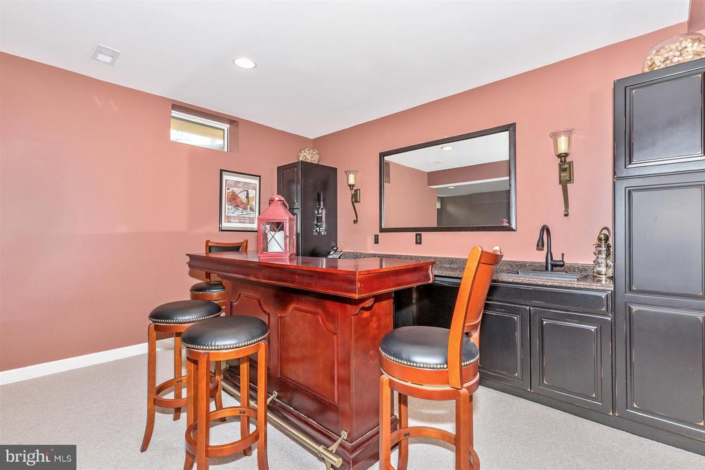 Great for entertaining! - 6653 SOUTH CLIFTON RD, FREDERICK
