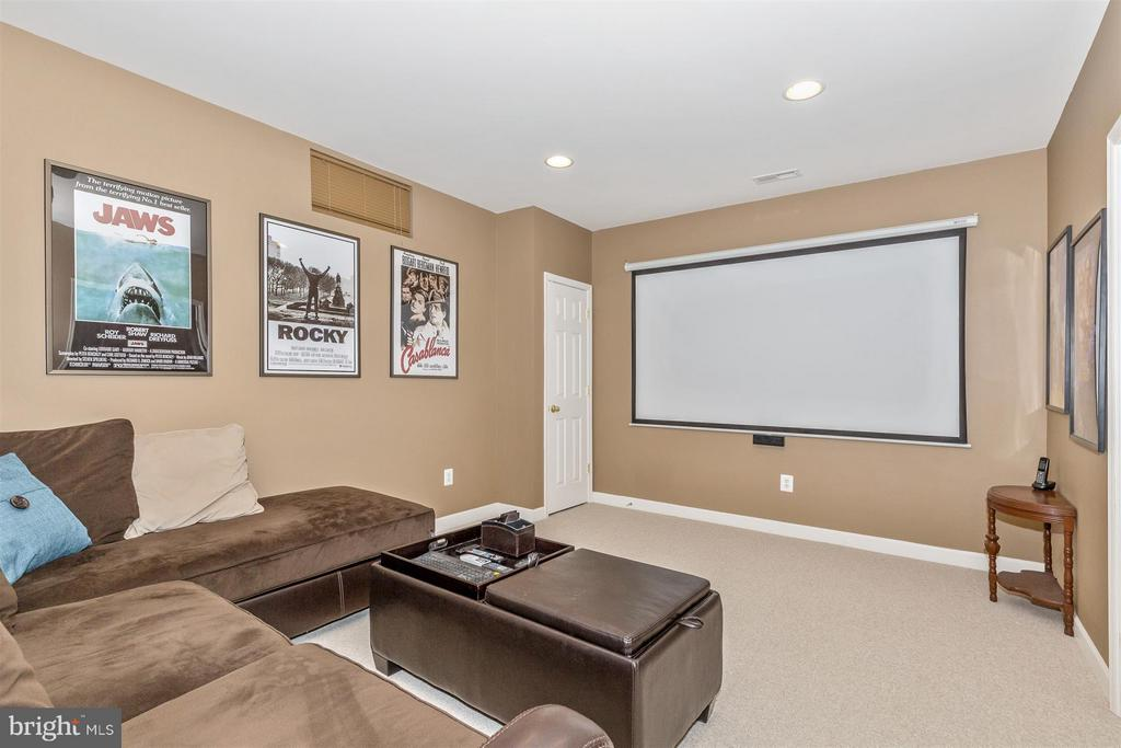 Private theater room! - 6653 SOUTH CLIFTON RD, FREDERICK