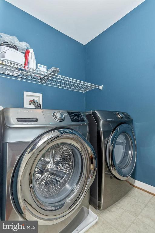 Newer washer & dryer! - 6653 SOUTH CLIFTON RD, FREDERICK