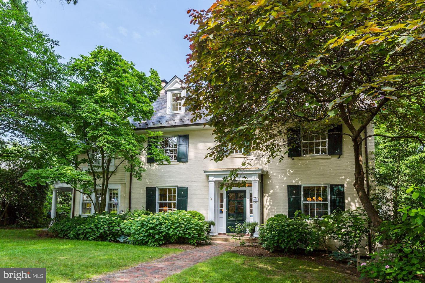 Single Family Home for Sale at 5804 Cedar Pkwy 5804 Cedar Pkwy Chevy Chase, Maryland 20815 United States