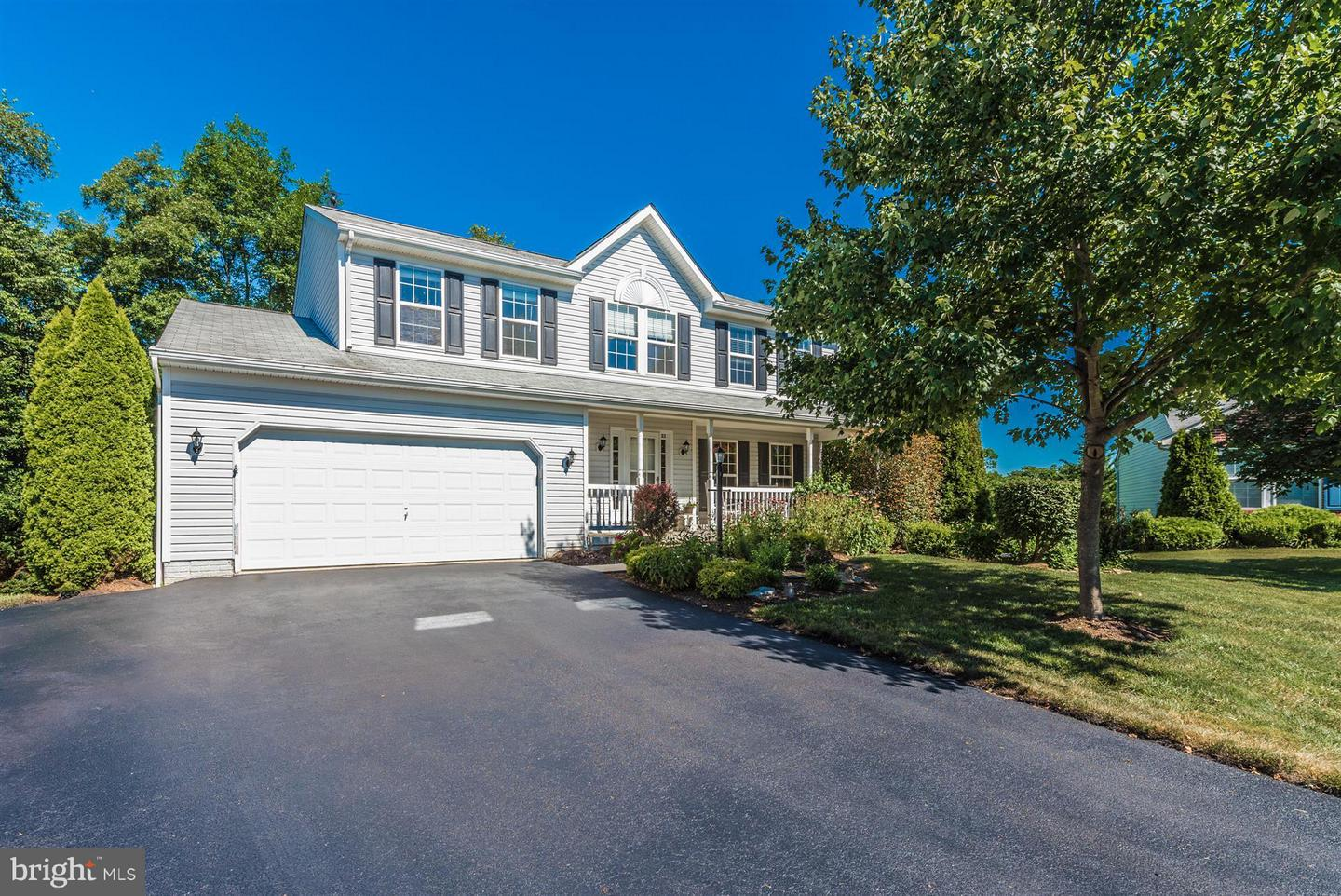 Single Family for Sale at 33 Skyline Ct Keedysville, Maryland 21756 United States