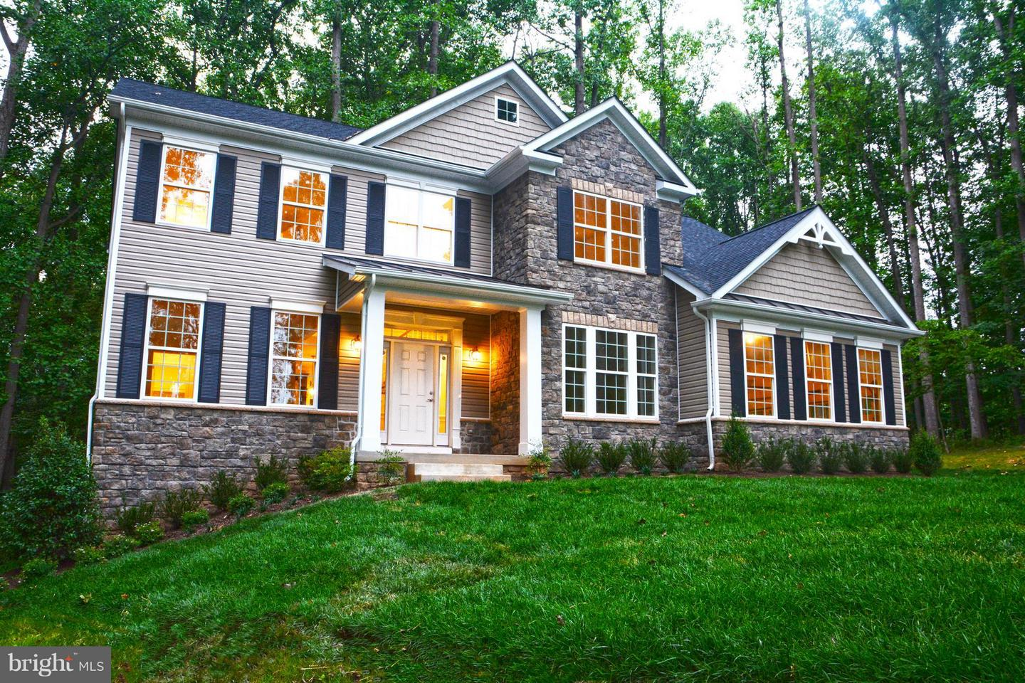 Photo of home for sale at 967 Erna Drive, Eldersburg MD