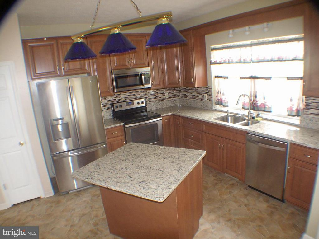 Stainless Steel appliances - 1919 WITHERS LARUE RD., BERRYVILLE