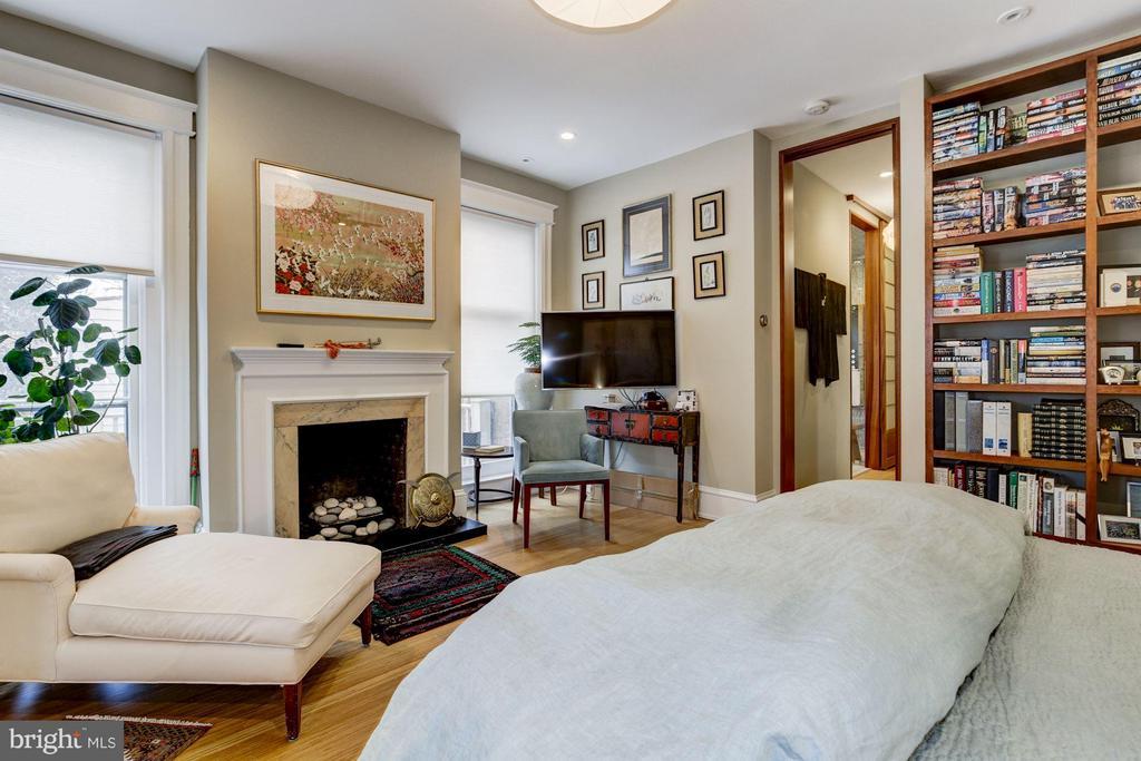 Bedroom (Master) - 506 A ST SE, WASHINGTON