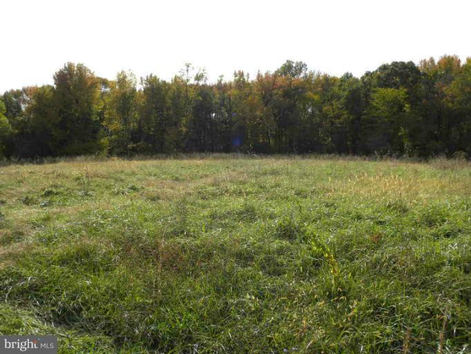 Photo of home for sale at Heather Drive, Earleville MD