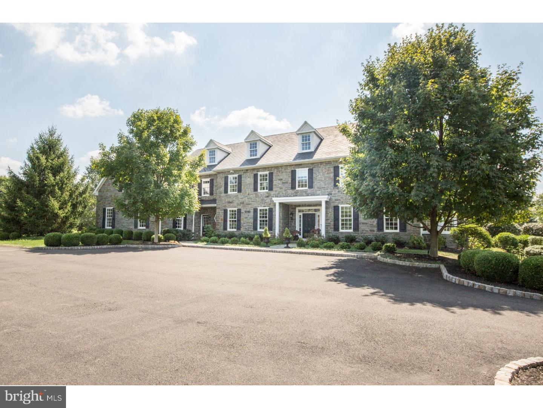 独户住宅 为 销售 在 50 WOODHILL Road 纽镇, 宾夕法尼亚州 18940 美国