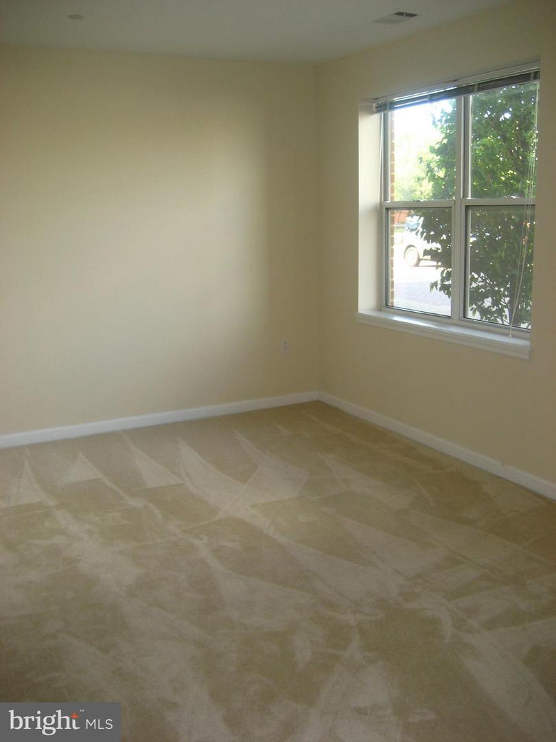Other Residential for Rent at 23 Pierside Dr #125 Baltimore, Maryland 21230 United States