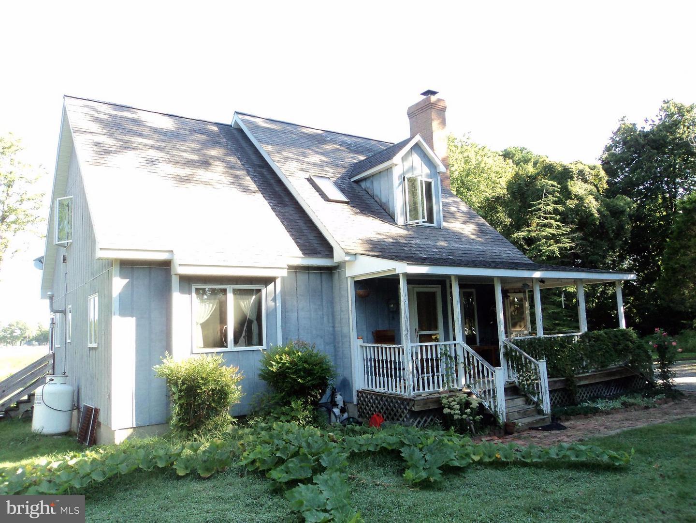 Photo of home for sale at 27170 Enniskillen Road, Easton MD
