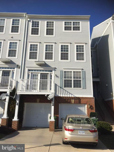 Photo of 2420 CURIE CT #38, HERNDON, VA 20171