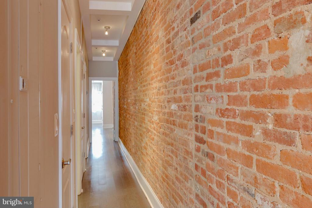 Hallway to bedrooms - 9 E 2ND ST #2B, FREDERICK