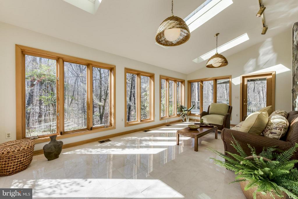 Sun Room - 10722 FAWN DR, GREAT FALLS