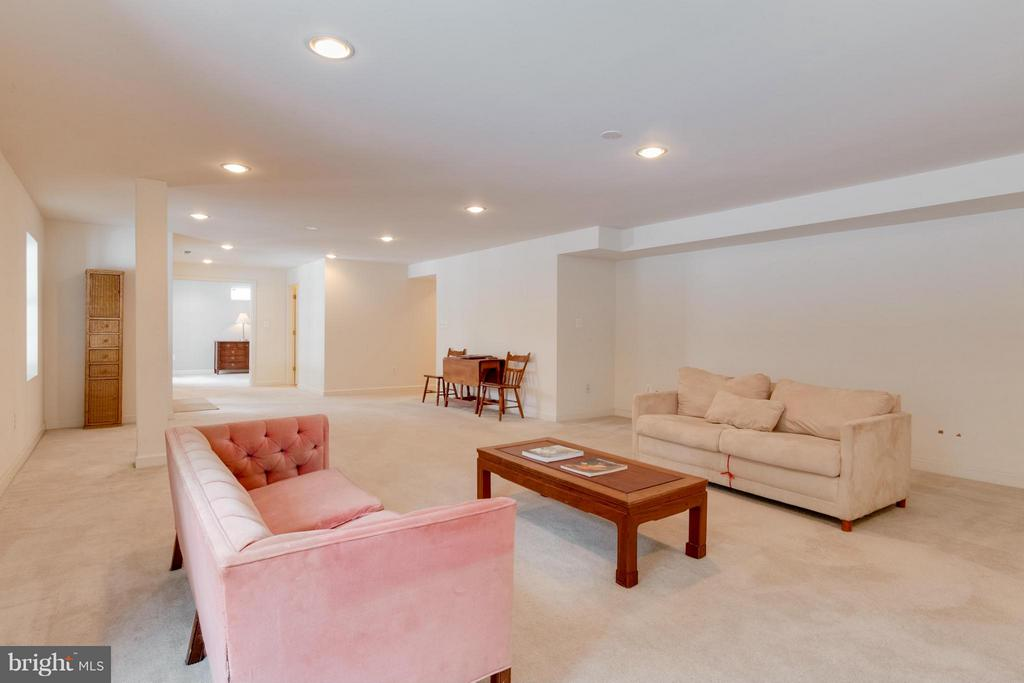 Full Finished basement family room - 3849 GLASGOW WAY, FREDERICK