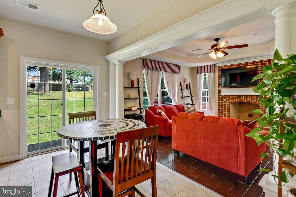 Kitchen Open to Family Room - 1206 JEFFERSON RD, FORT WASHINGTON