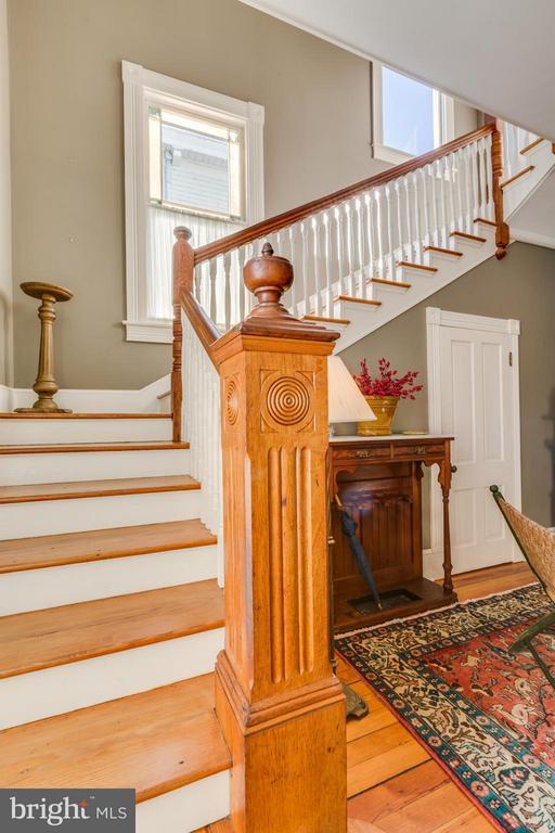 Gorgeous Front Stairway - 1108 CHARLES ST, FREDERICKSBURG