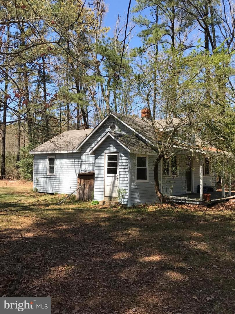 Single Family for Sale at 18055 Cherryfield Rd Drayden, Maryland 20630 United States