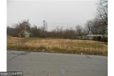 Commercial for Sale at 48 Pebble Dr Brooklyn, Maryland 21225 United States