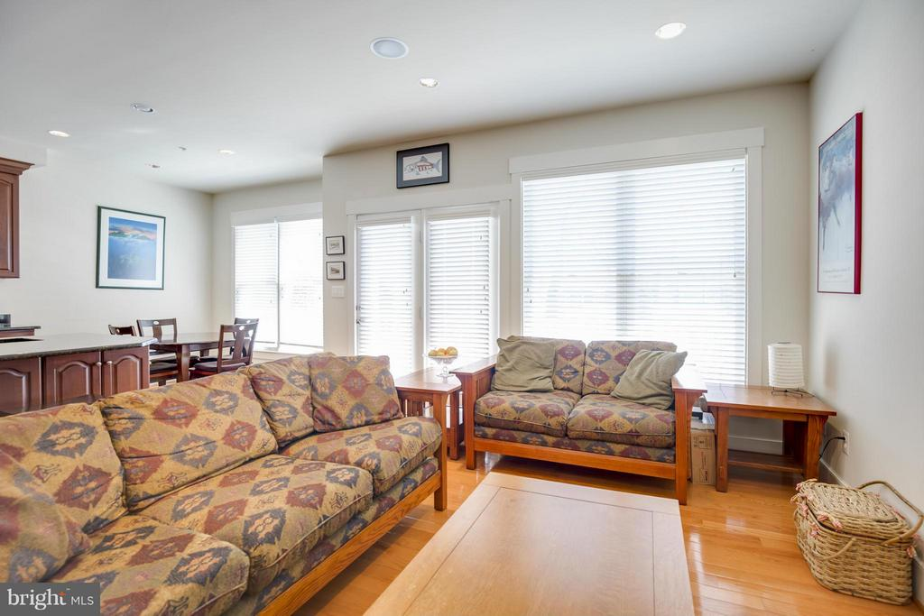 Family Room - 9508 AMENT ST, SILVER SPRING