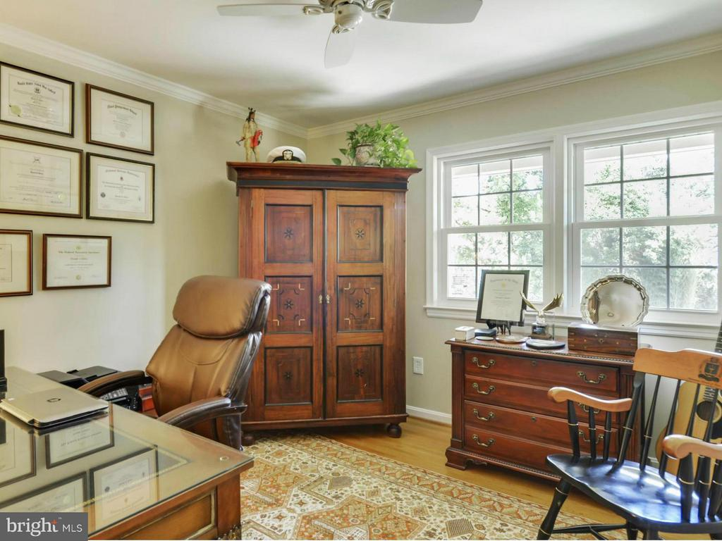 Bedroom with views of front yard - 3901 PINE BROOK RD, ALEXANDRIA