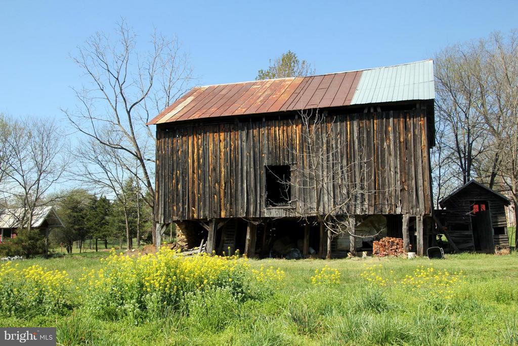 Back of Tobacco barn - 3374 TWYMANS MILL RD, ORANGE