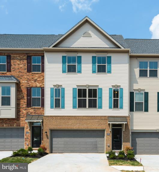 Exterior (Front) - 43456 ROBEY SQ, ASHBURN