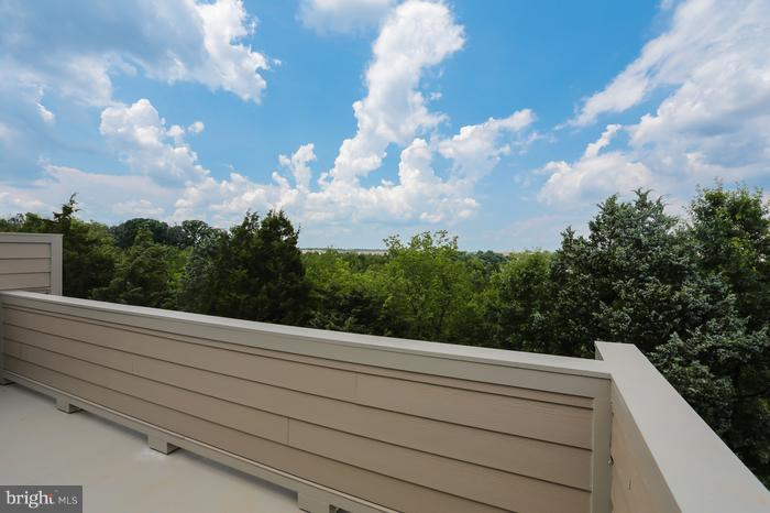 Rooftop deck - 43456 ROBEY SQ, ASHBURN