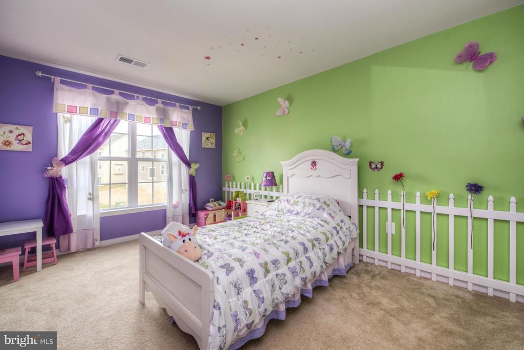 Bedroom - 3 FOUNDERS WAY, STAFFORD