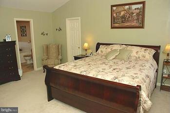 Bedroom (Master) - 18 SAINT MARKS CT, STAFFORD
