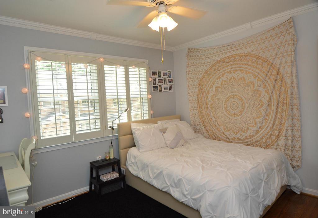 Bedroom 3 - 7302 AYNSLEY LN, MCLEAN