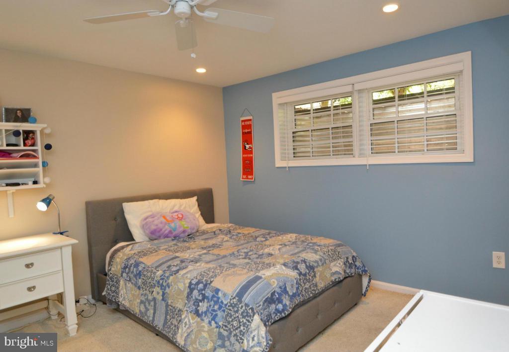 Bedroom 4 - 7302 AYNSLEY LN, MCLEAN