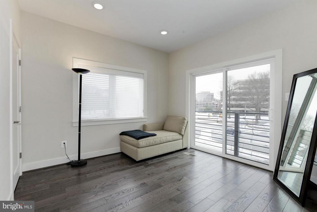 Bedroom #3 - 10401 FERNWOOD RD, BETHESDA