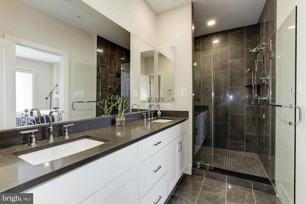 Master Bathroom - 10401 FERNWOOD RD, BETHESDA