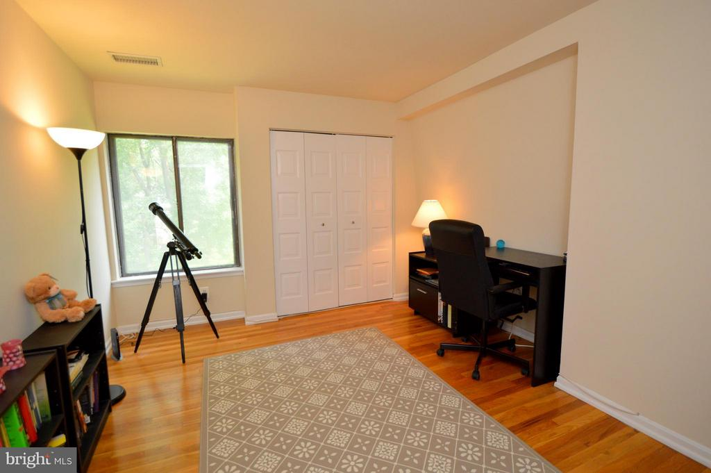 Bedroom 3, Upper Level - 7903 SCHUYLER CT, ANNANDALE