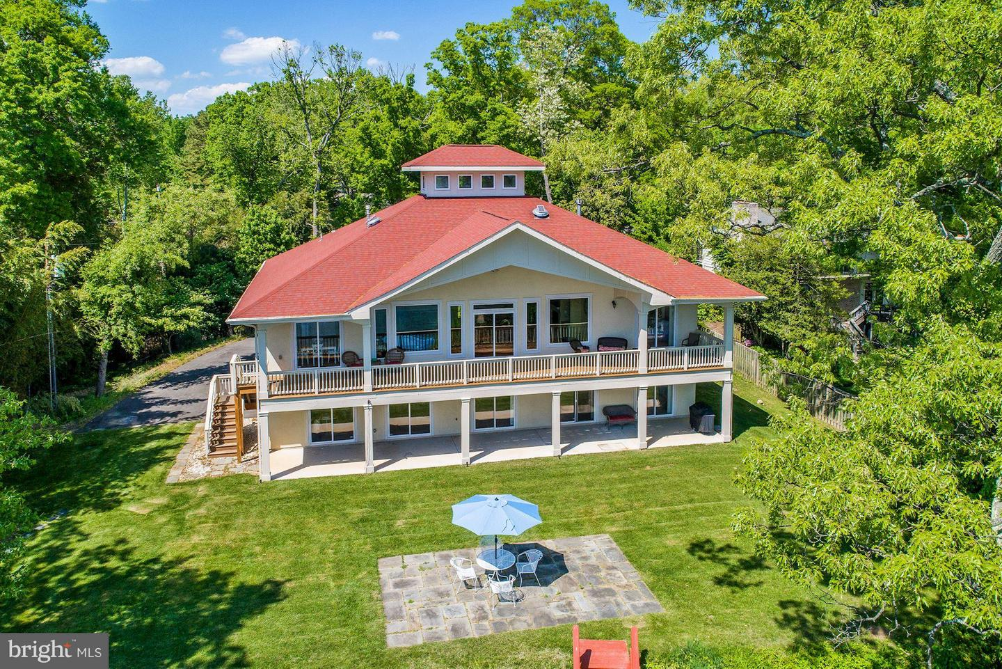 Single Family Home for Sale at 6061 River Drive 6061 River Drive Lorton, Virginia 22079 United States