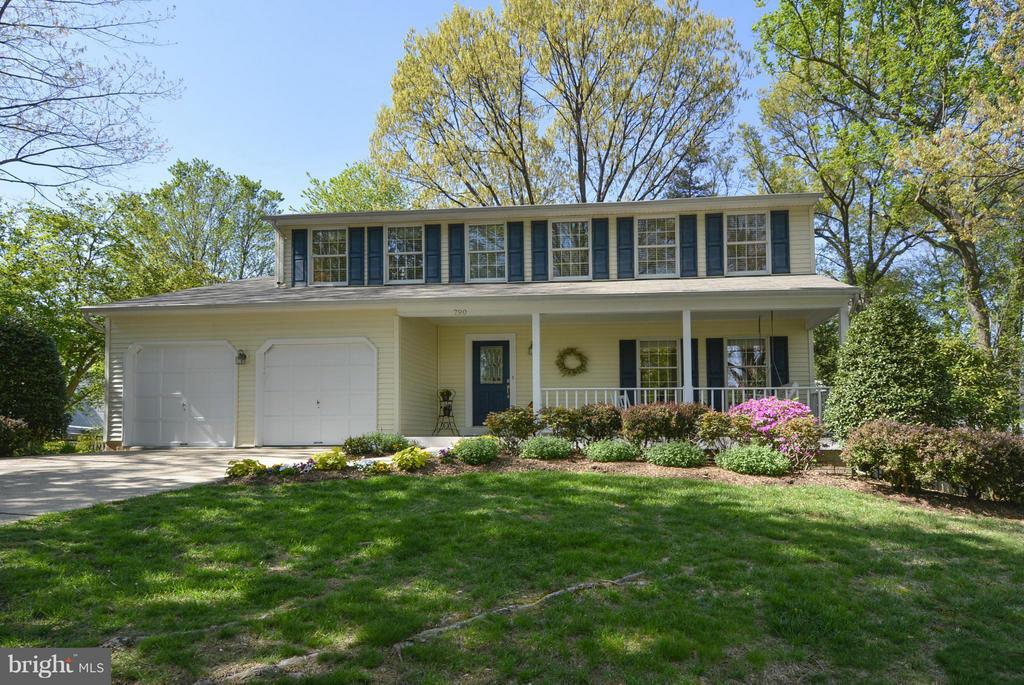 Exterior (Front) - 790 3RD ST, HERNDON