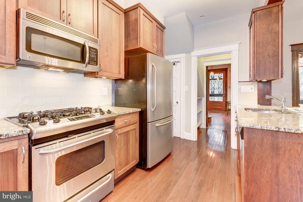 Kitchen (1 of 4) - 1227 PARK RD NW, WASHINGTON