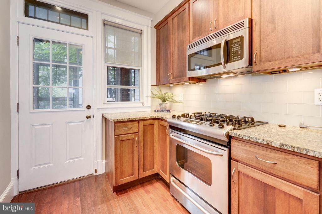 Kitchen (2 of 4) - 1227 PARK RD NW, WASHINGTON